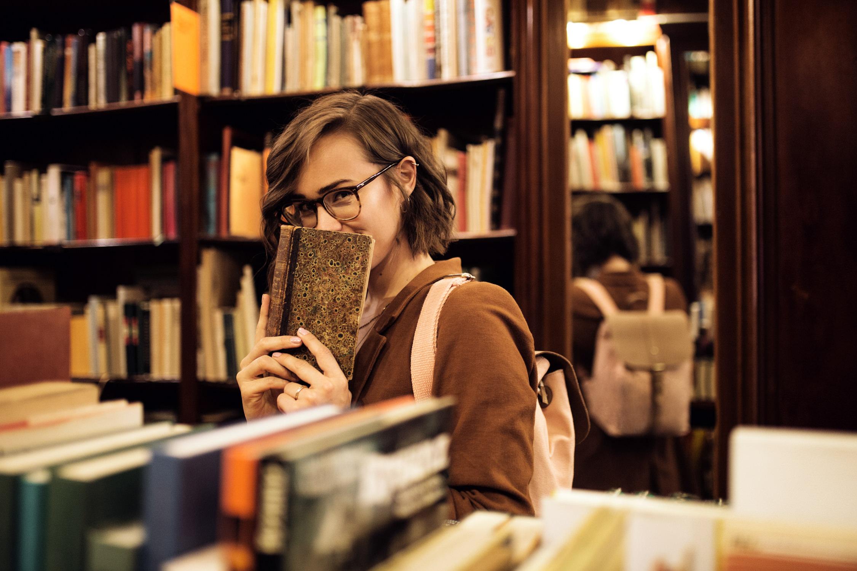 Entdecke verträumte und einzigartige Portraitfotos! Die Fotografin Sophia Molek bietet individuelle Portraitshootings aus Leipzig, Sachsen und Umgebung.
