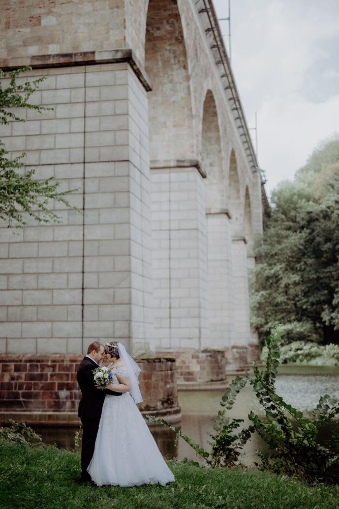 Hochzeitsshooting Heiraten in Hartha Leisnig Sachsen Hochzeitsfotograf Hochzeitsfotos Brautkleid Brautpaar (1)