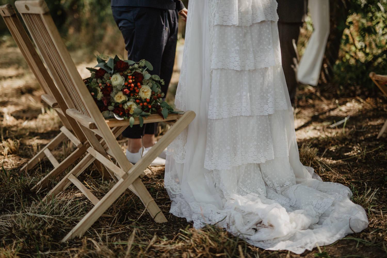 Freie Trauung Wiese Hochzeit draußen Natur Garten Boho Vintage Wedding