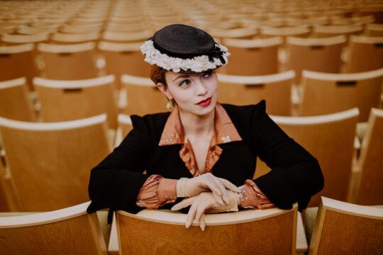 Fotoshooting Oper Leipzig New Look Vintage Shooting 50er 60er Jahre Stil Julia Seyfarth Sophia Molek (15)